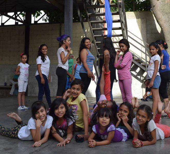 tanzgruppe-salvatorianer-venezuela