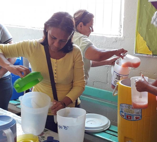eltern-in-caracas-helfen-mit-bei-salvatorianischer-nothilfe