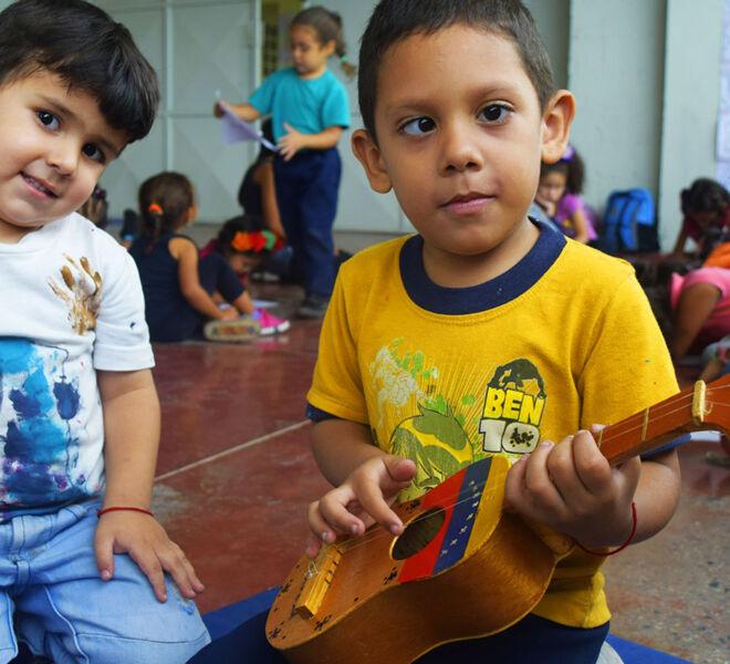 Salvatorianer-helfen-beeintraechtigten-Kindern-in-Venezuela